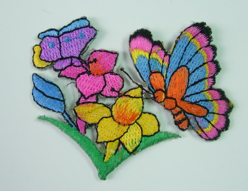 PM04 Butterfly on Floral Embroidery Patch Applique Iron On