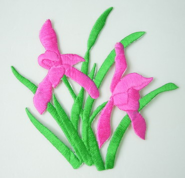 PT167 Fuchsia Water Flowers Floral Embroidery Patch Applique