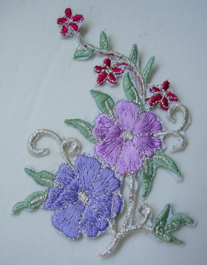 PT182 Lavender Trim Flora Flower Embroidered Patch Motif 2pcs