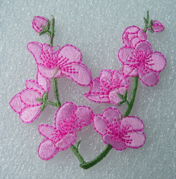 PT185 Pink Blossoms Flower Embroidered Patch Motif 2pcs