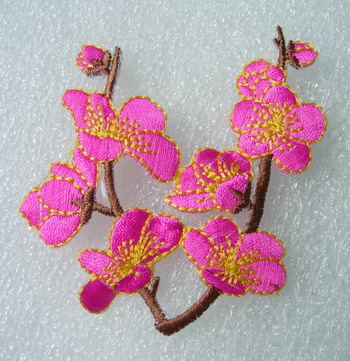 PT186 Fuchsia Blossoms Flower Embroidered Patch Motif 2pcs