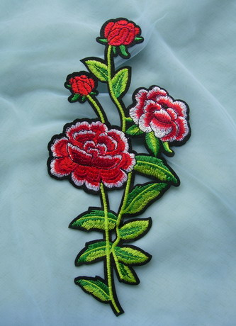 PT193 Floral Rose Embroidered Patch Applique for Trendy Dress