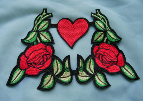 PT196 Red Mirror Rose & Heart Embroidered Patch Iron On Dress
