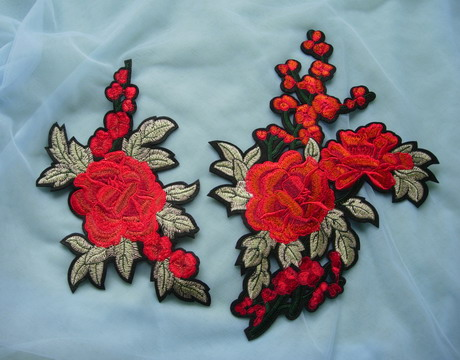 PT199 Peony Blossom Floral Embroidered Patch Iron On Fashion 2pc