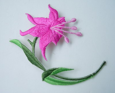 PT35-2 Embroidery Patch Lily Flower Iron on Applique Fuchsi 2pcs