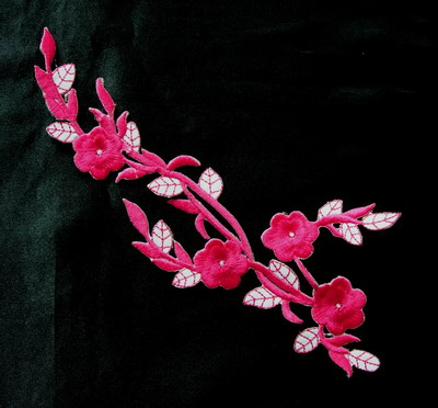 PT60 Embroidery Patch Plum Blossom Applique Fuchsia Checker