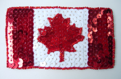 PA10 Canada Flag Patriotic Sequin Bead Applique Maple Leaf Motif