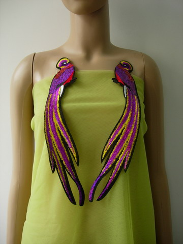 AN103 Fuchsia Long Tail Bird Pair Sequined Applique Trendy/Chic