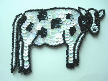 AN44 Sequin Bead Applique Milk Cow