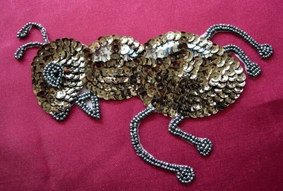 AN54 Bead Sequin Applique Motif Ant Olive Green