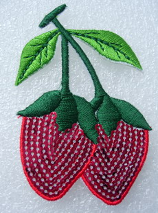 TF34 Twins Strawberry Sequin Embroidered Applique Patch Iron On