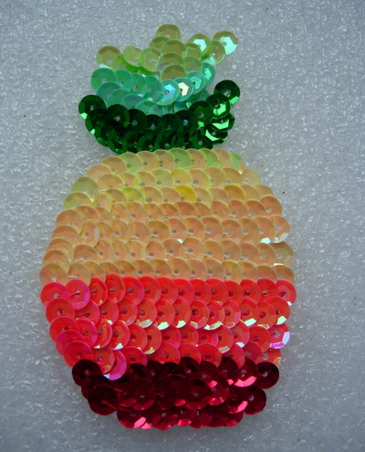 TF35 Rainbow Colors Pineapple Fruit Sequined Applique Motif