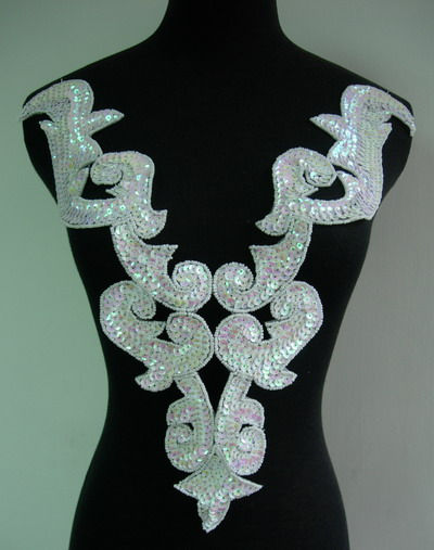 BD03-10 LG White Iris Bodice Sequined Bead Applique Belly Dance
