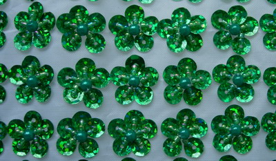BN103 Green Mini Flower Sequin Bead Applique Banding 60pcs