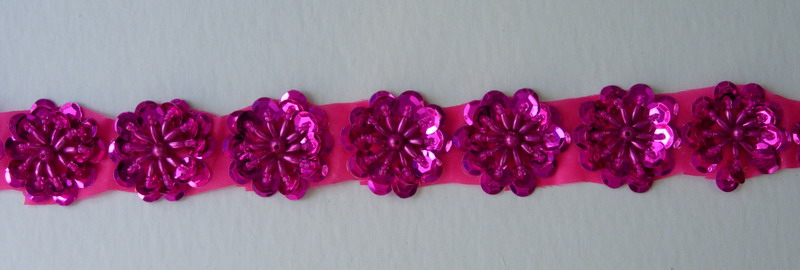 BN15 Fuchsia Flower Sequin Bead Applique Banding Motif 10pcs