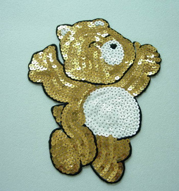 CT15 Sequin Applique Embroidery Iron On Winnie the Pooh Bear