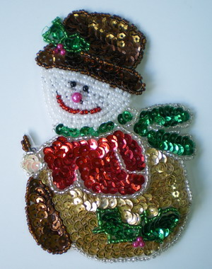 XM04 Sequin Applique Bead Motif Christmas Snowboy