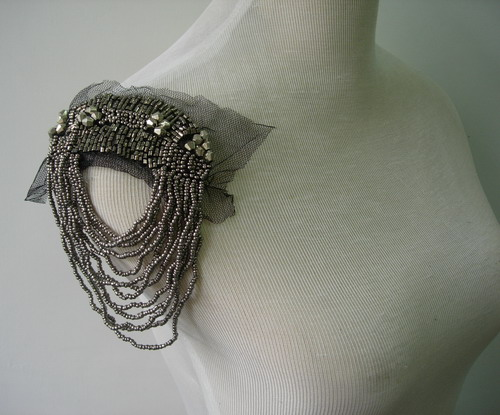 EP59 Punk Rock Fringed Bugle Beaded Epaulet Shoulder Gun Grey x2