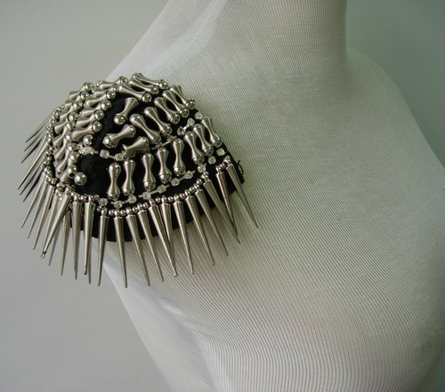EP64 Silver Spike Rivet Studs Punk Rock Goth Epaulet Shoulder