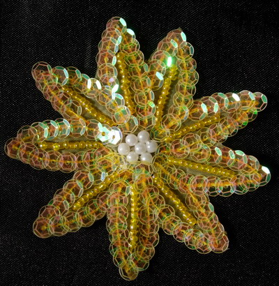 FW24 20pcs Petals Flower Sequin Bead Applique Clear Yellow