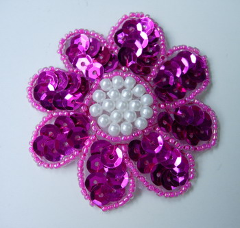 FW02 Petals Flower Sequin Bead Applique Fuchsia 5pcs