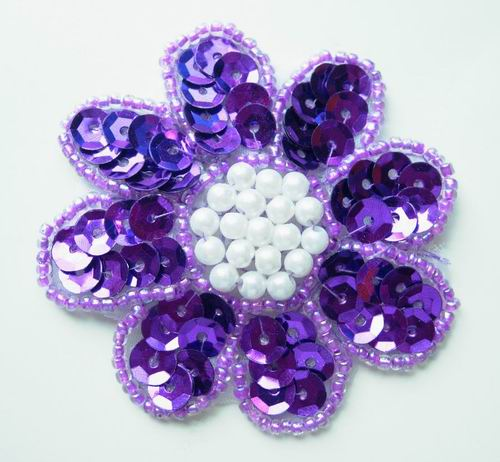 FW10 Petal Flower Sequin Bead Applique Purple 5pcs