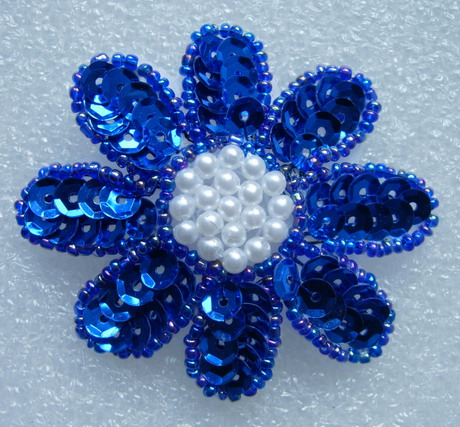 FW14-3 Petals Flower Sequin Bead Applique Royal Blue 5pcs