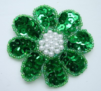 FW14-5 Petals Flower Sequin Bead Applique Green 5pcs