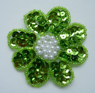 FW14-6 Petals Flower Sequin Bead Applique Lime 5pcs