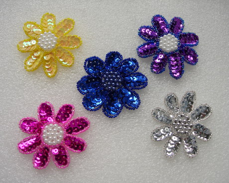FW14-10 Petals Flower Sequin Bead Applique Assorted Color 5pcs
