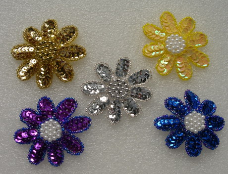 FW14-11 Petals Flower Sequin Bead Applique Assorted Color 5pcs