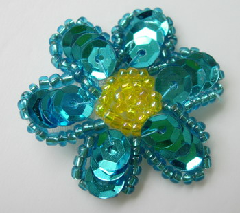 FW161 Small Petals Flowers Sequin Bead Applique Aqua x10
