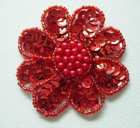 FW01 Petals Flower Sequin Bead Applique Red x5