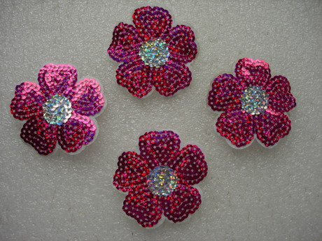 FW304 Hologram Fuchsia Petal Flower Sequin Applique Patch x4