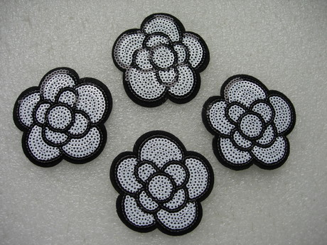 FW307 White Rose Flower Sequin Applique Patch Iron On x4