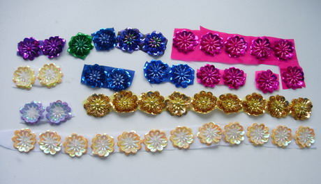FW317 Assorted Flower Floral Sequined Beaded Applique 44pcs