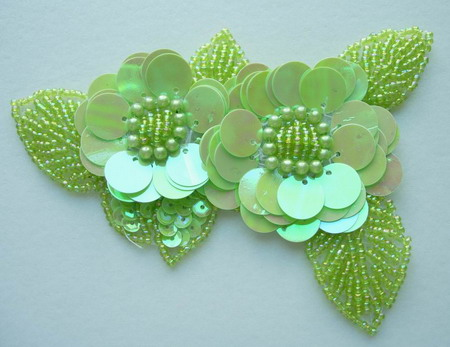 FW71 Twin Layer Flower Sequin Bead Applique Motif Green Iris