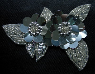FW72-5 Twin Layer Flower Sequin Bead Applique Motif Silver