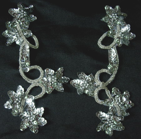 LR22 Pair Star Floral Sequin Bead Applique Silver