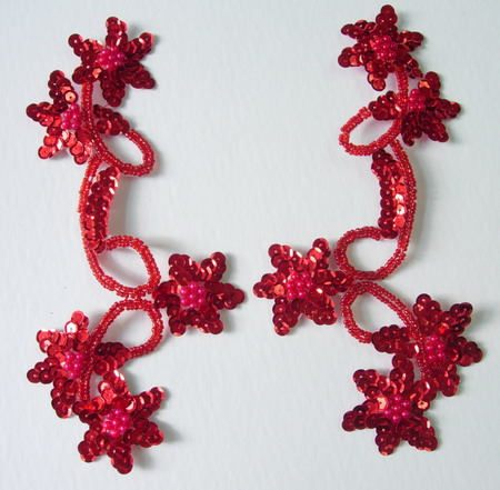 LR25 Pair Star Floral Sequin Bead Applique Red
