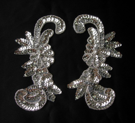 LR44 Sequin Bead Applique Left & Right Floral Silver