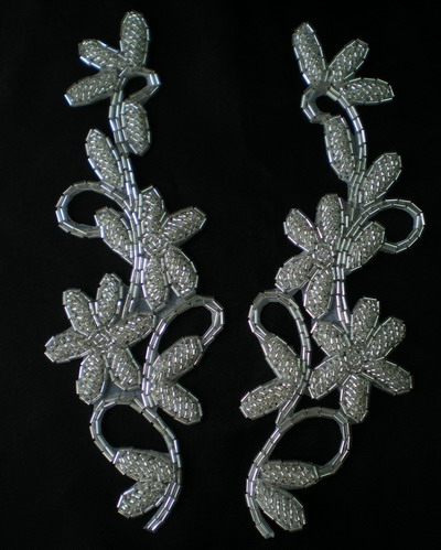 LR109 Shiny Seed Bugle Bead Applique SILVER L&R Floral