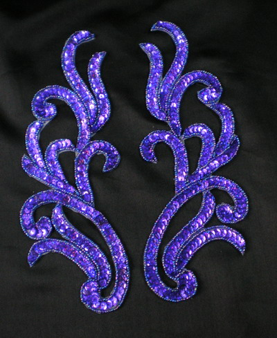 LR120-4 Mirror Pair Sequin Bead Applique Motif Hologram Purple