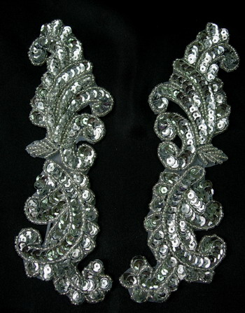 LR148 Tail Mirror Pair Sequin Bead Applique Silver Designer