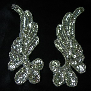 LR17-4 Mirror Pair Left Right Sequin Bead Applique Silver