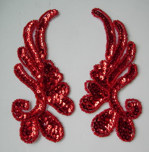 LR17-5 Mirror Pair Left Right Sequin Bead Applique Red