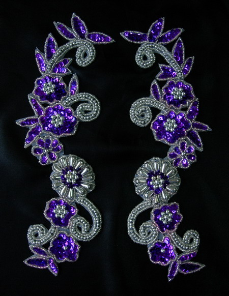LR20-10 Floral Mirror Sequin Bead Applique Purple