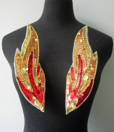 LR237 Mirror Flamed Sequined Bugle Beaded Applique Motif Sew On