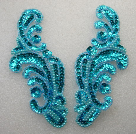 LR41 Wave Pattern LR Sequin Bead Applique Aqua