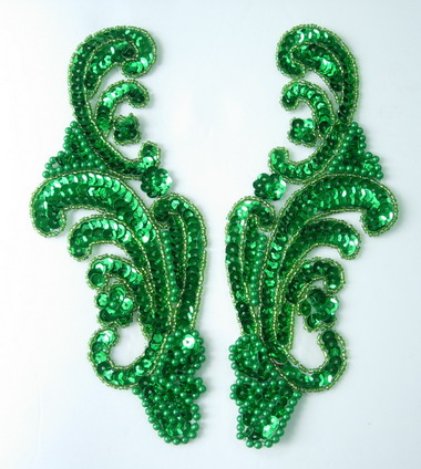 LR42-2 Wave Pattern LR Sequin Bead Applique Green